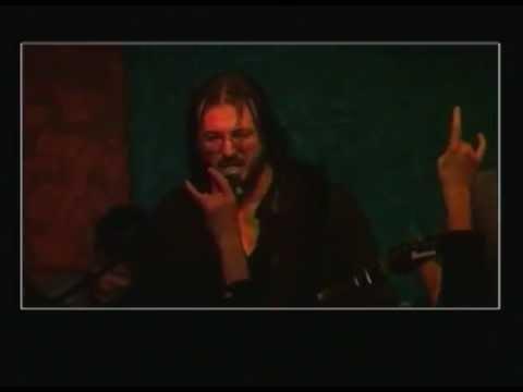Živo blato - Pucko (Official Video)