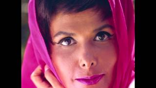 Watch Lena Horne Just In Time video