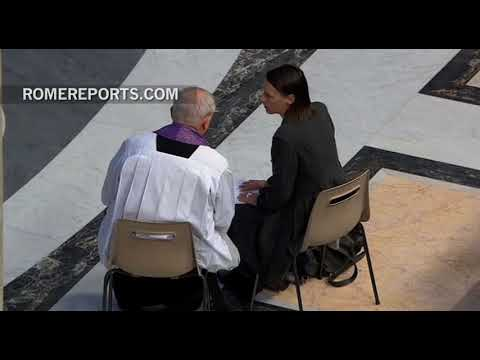 Can a priest break the seal of secrecy in confession?