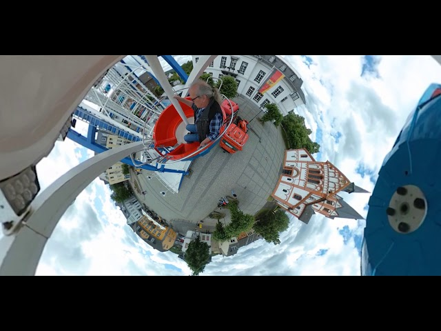 Riesenrad auf dem Sinziger Kirchplatz als Little Planet