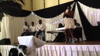 """@Tsoakae performing accoustic version of """"Waka Kemang"""" feat"""