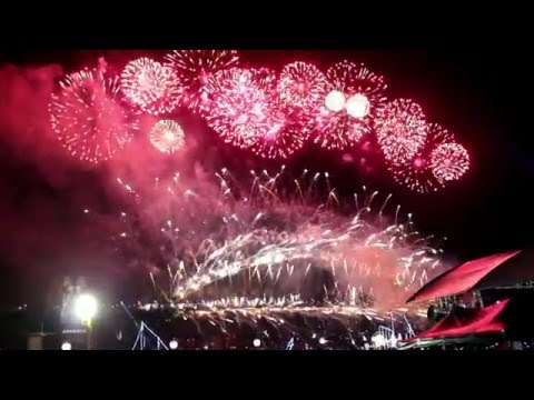Sydney New Year's Eve 2015/2016 Midnight Fireworks