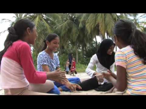 Dhuvaafaru, Maldives: an island of our own (1/7)