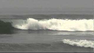 Kelly Slater - Trestles World Tour Of Surfing 2011 - Round 3 Heat 6