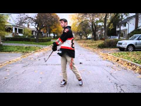 HOW TO BE A PRO - How To Properly Hold A Hockey Stick