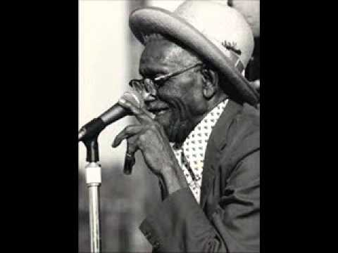 Furry Lewis - Falling Down Blues