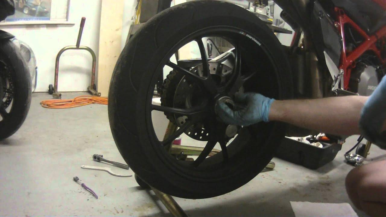 Ducati Rear Wheel Removal 848 1098 1198 Youtube