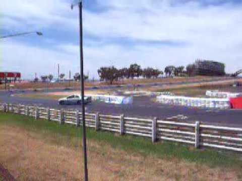 NOTTY'S  CLOSE CALL AT BATHURST IN A AU XR8