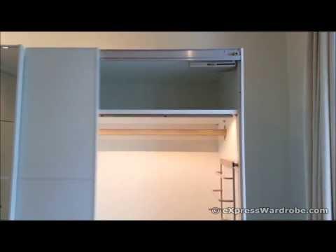Sistema ducasse closet d 52 doovi for Sistema puertas correderas ikea