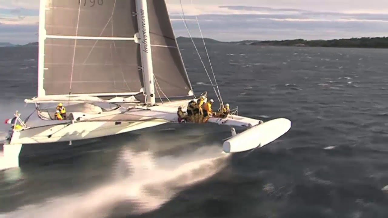 Hydroptere, the world's fastest sailing yacht - YouTube
