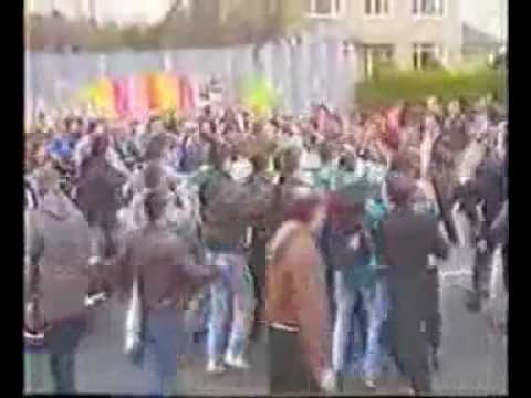 Cpls.Howes and Woods. Murdered by the IRA in Belfast.Asstd news clips..avi