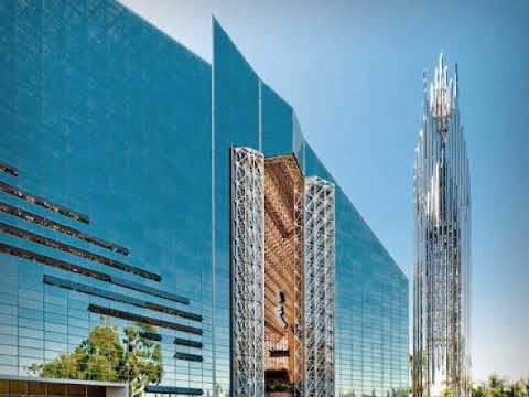 Phillip Johnson discusses the Crystal Cathedral