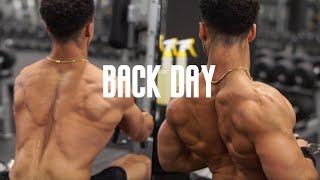 Building a Bigger More Defined Back! // Back Workout🔥