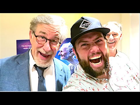 STEVEN SPIELBERG WATCHES THE SHAYTARDS?!?!