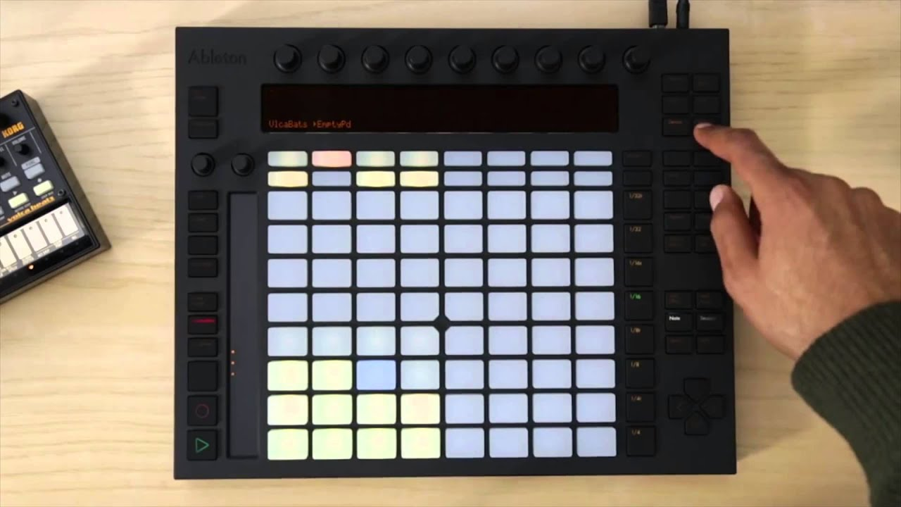 playing and connecting external drum machines with ableton push full compass youtube. Black Bedroom Furniture Sets. Home Design Ideas
