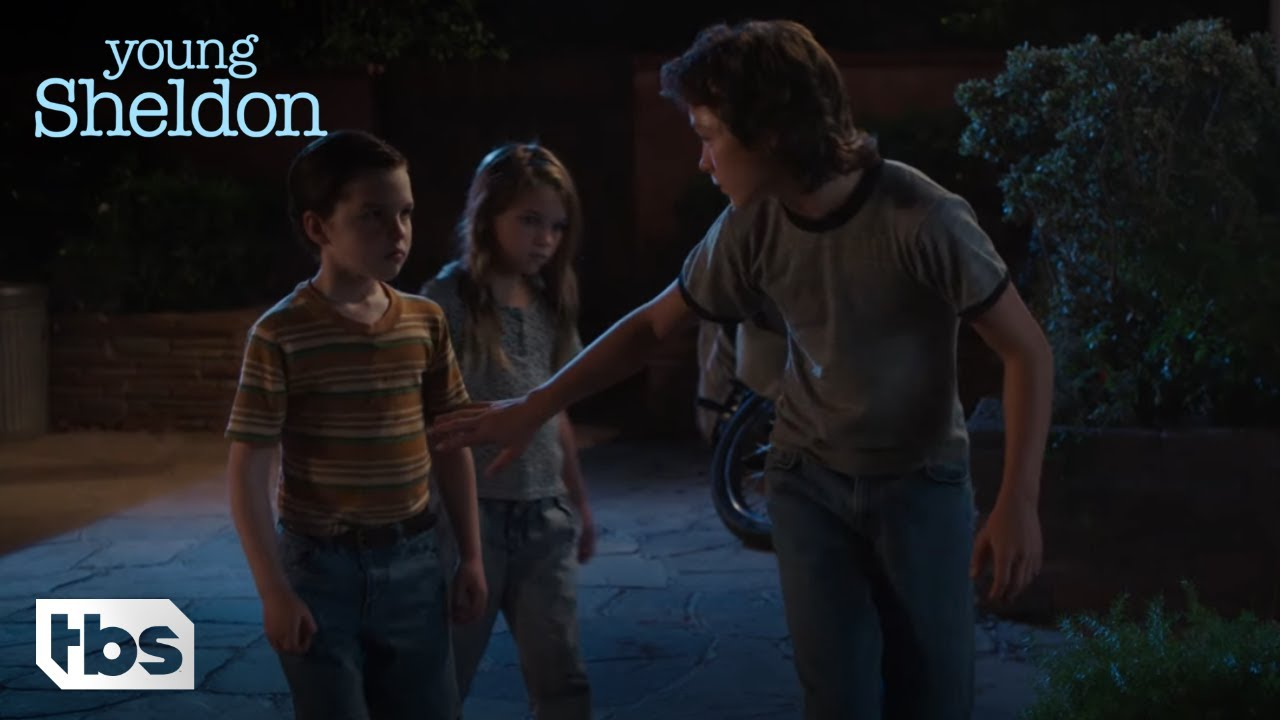 Download Young Sheldon: Sheldon, George, and Missy Steal Meemaw's Car (Season 1 Episode 3 Clip) | TBS