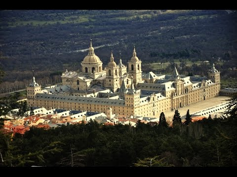 Spain: Top 10 Tourist Attractions - Video Travel Guide