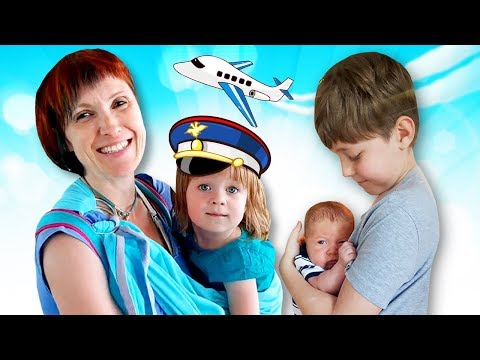 Бьянка, Адриан и Карл летят в Москву на самолете! Влог мамы Маши Капуки. Путешествие с семьей