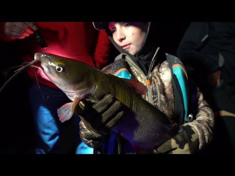 Catching BIG Catfish & Walleyes With Kids! - Larry Smith Outdoors TV