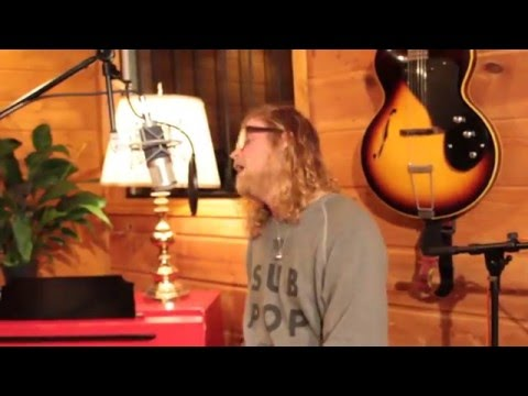 Allen Stone - Love Where You're At  (Artist Series)