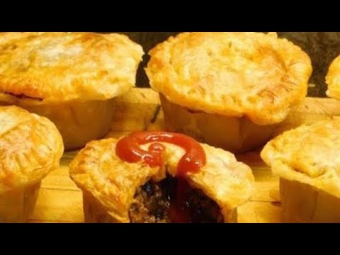 how-to-make-aussie-meat-pies-|-recipe-|-aussie-girl-can-cook
