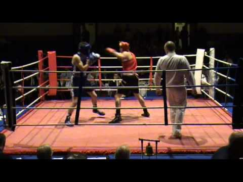 Amateur Debut, Portsmouth Guildhall, Round 1.