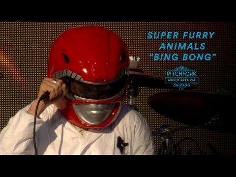 Super Furry Animals Perform