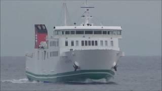 船上カメラマンやってると海の上は『戦場』に変わることも(笑) 安全運航...