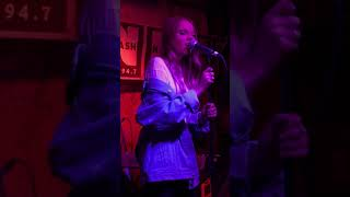 "Danielle Bradbery performing ""Human Diary"" at Hill Country BBQ in NYC. 11/29/17."