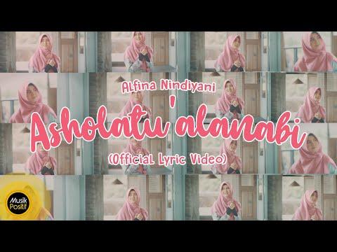 Alfina Nindiyani – Alfina Nindiyani Asholatu Alanabi Official Video Lirik