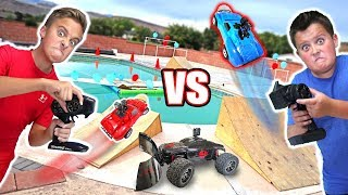 RC CAR DRIVING ON THE WATER Balloon Bubble Ball Popping Adventure