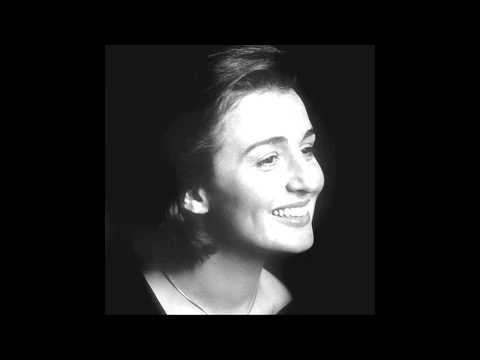 """Thérèse Dussaut plays Rameau """"La Dauphine"""""""