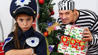 Anna and fun police stories for kids / Detective AnnA Video para Niños