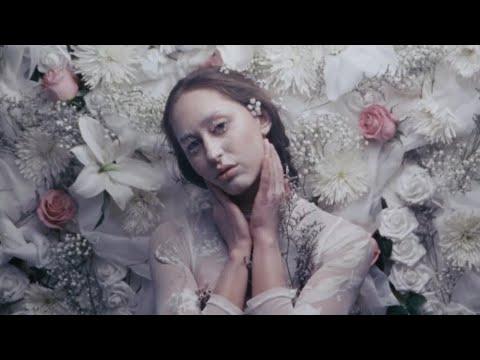 Смотреть клип Fleurie - A World Beyond