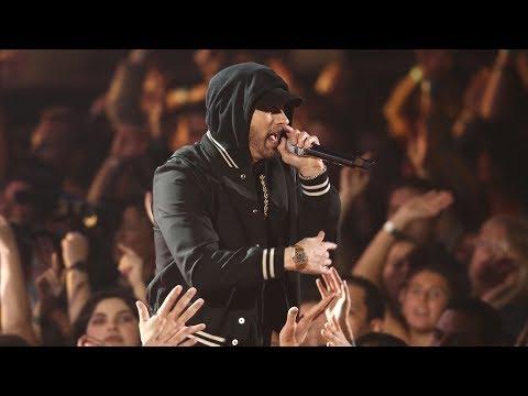 Eminem Feat. Kehlani - Nowhere Fast [UltraHD] (iHeart Music Awards 2018) + Em X DJ Khaled Interview