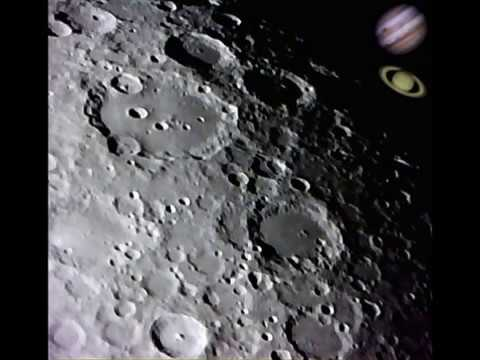 Newtonian reflecting telescope d f d f d mm focal