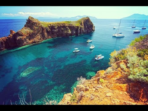 Sailing in Sicily. Naleia Yachting discovers Aeolian Islands HD