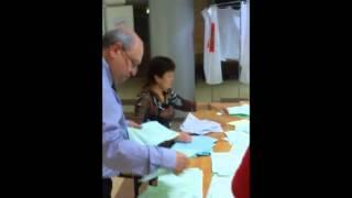 видео Местный референдум. Местный референдум- голосование граждан по наиболее важным вопросам местного значения
