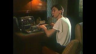 Постарайся завтра расслабиться, устрой себе разгрузочный день... / Бабник 1990