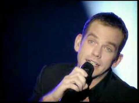 Garou Paris-Bercy concert 1 (Je n'attendais que vous)