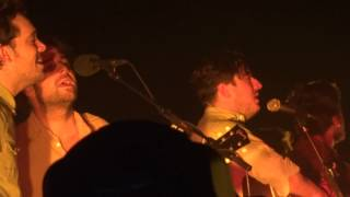Mumford and Sons ft Dawes - Awake My Soul (LG Arena 2012)