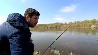 Здоровенный Карась на 008 поводок Фидерная рыбалка в Апреле 2021 года