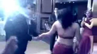 vuclip deedar new hot mujra (jalte badan pe ).wmv