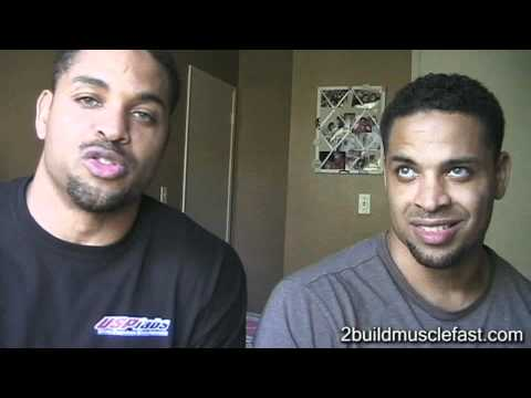 Smith Machine Bench Press Vs. Regular Flat Bench Press to Build Muscle @hodgetwins