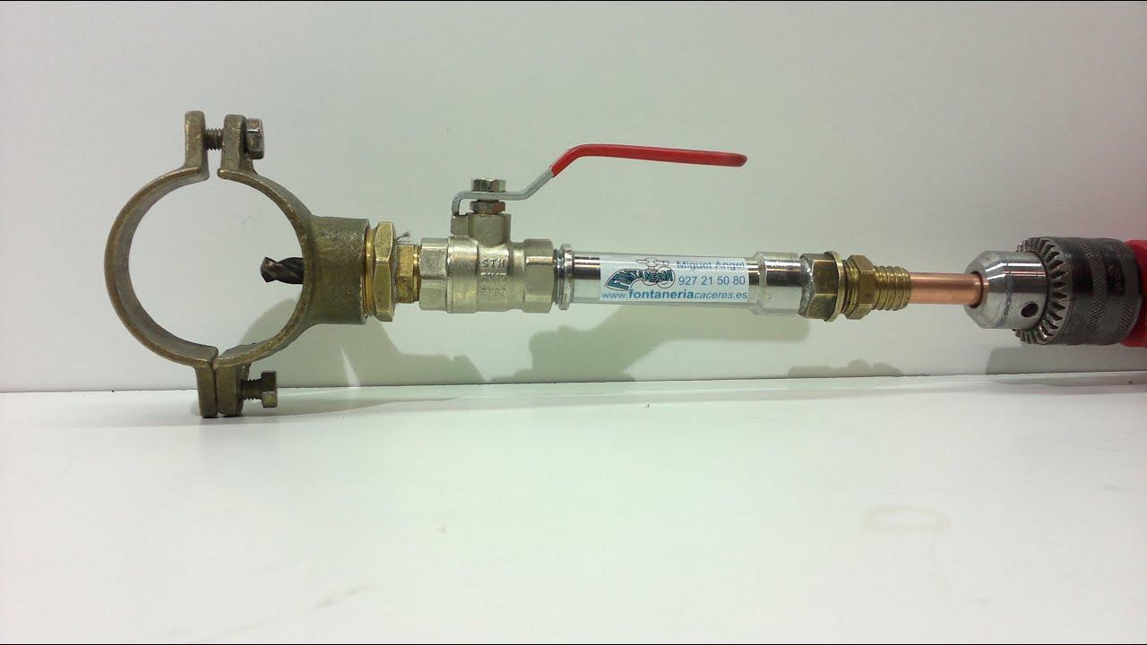Hacer una toma de agua en tuber a sin cortar el agua con for Toma de agua