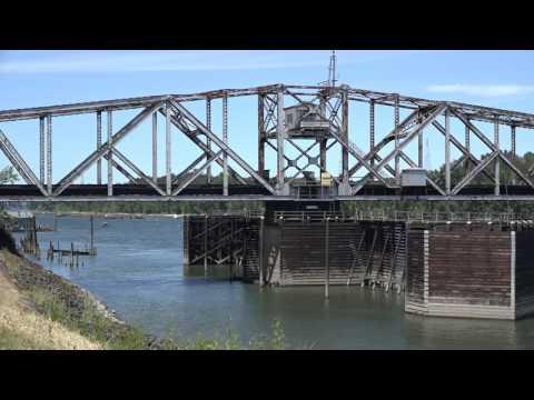 BNSF Railroad bridge across Columbia River off Marine Drive @ Portland, OR 6/2016