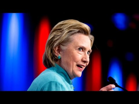 Hillary Clinton interviewed by FBI over private email server