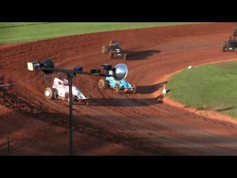 Sprint Car Heat Race at Bloomington Speedway 7-28-17