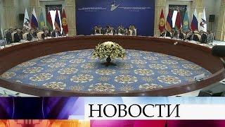 Премьер Д.Медведев назвал «шантажом» заявление Минска ослишком высоких ценах нароссийский газ.