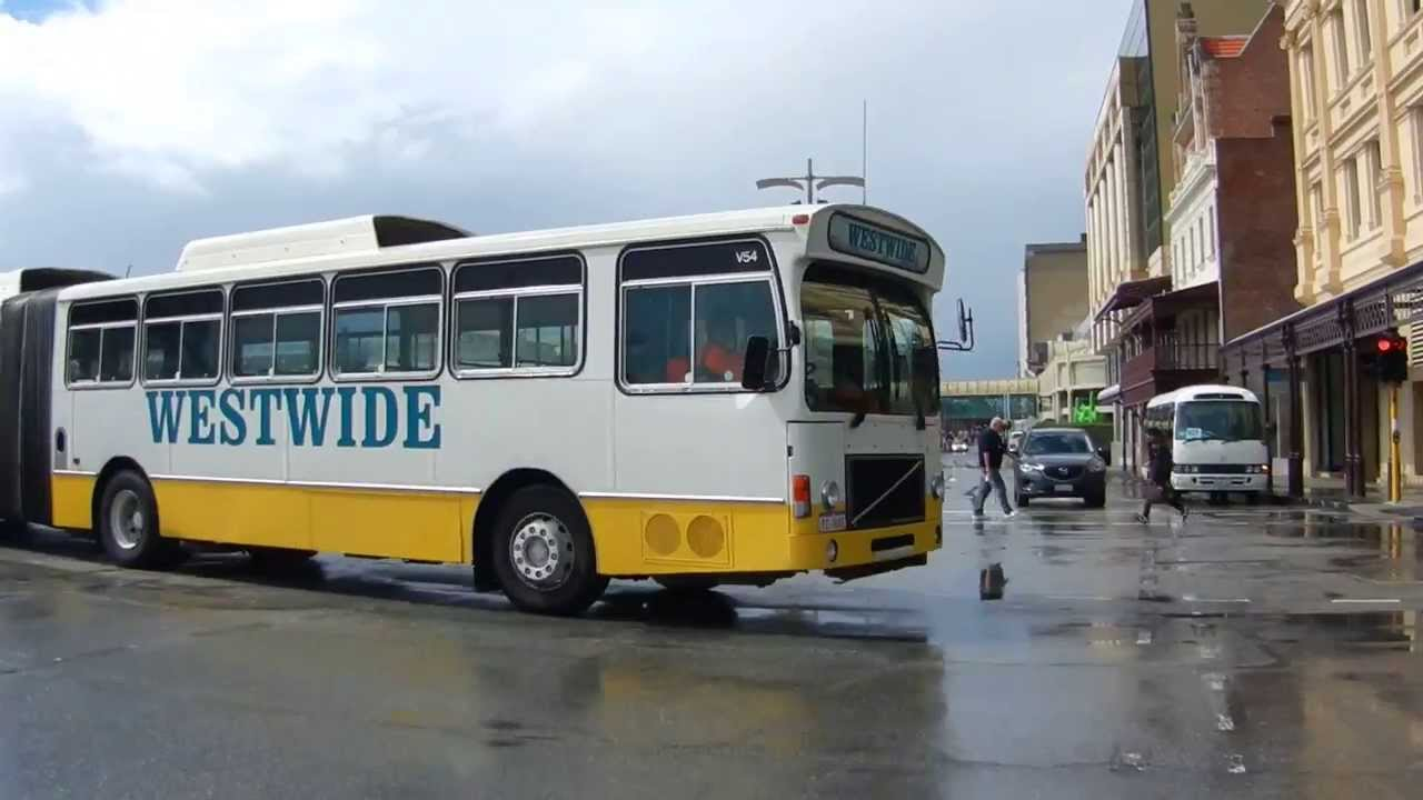 Old articulated bus Perth Australia (Volvo B10MA) Westwide - YouTube